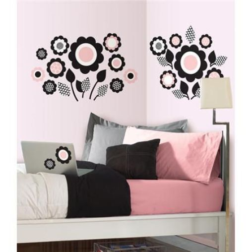 Go with light colors in your dorm room