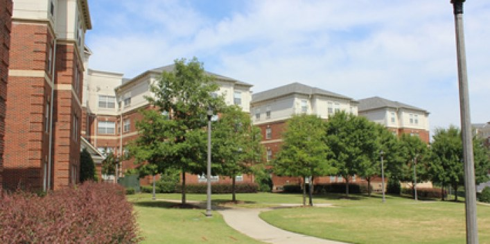Top 5 University of Alabama Dorms Ranked By Students