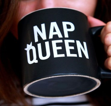 20 Signs You're Addicted to Napping