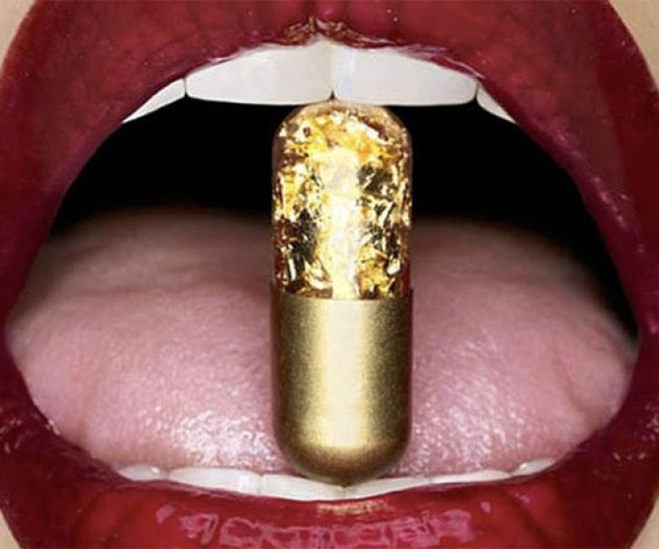 cool sparkly pill with red lips