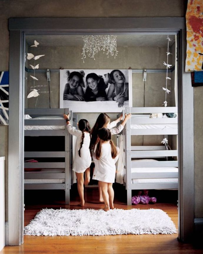 cute sisters bunk bed set up