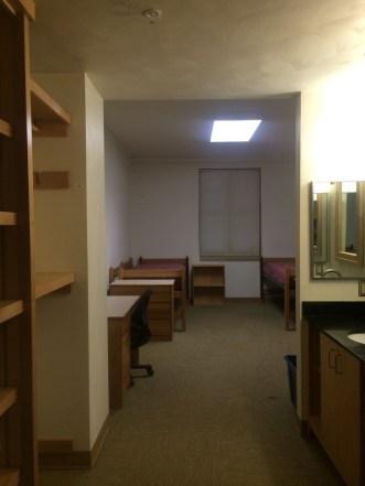 info on Virginia Tech dorms