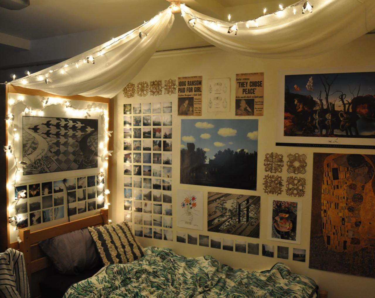 Dorm Rooms Beautiful Tv Dorm Rooms That Make Us Wish We Were Back - Dorm room wall decor