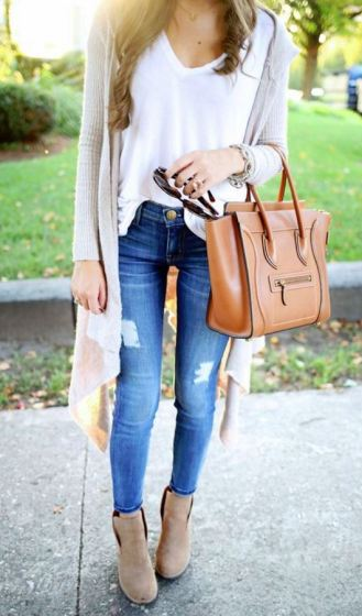 jeans with cardigans are perfect lazy girl outfits that still look polished!