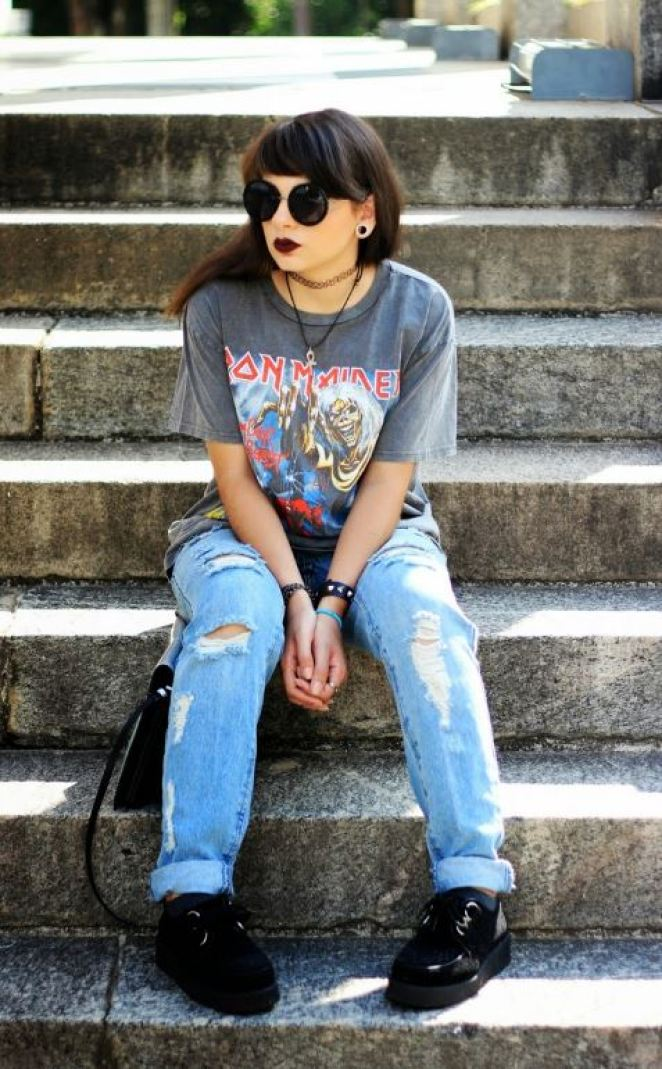 Edgy looks like this are needed for back to school outfits!