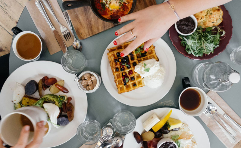 20 Signs You're Addicted To Brunch