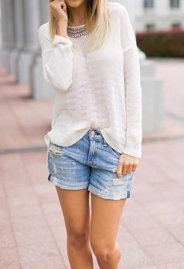 Light sweaters look great as back to school outfits!