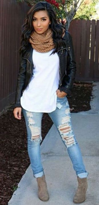 This leather jacket outfit is so cute!