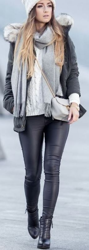 This winter outfit is so cute with these leather leggings!