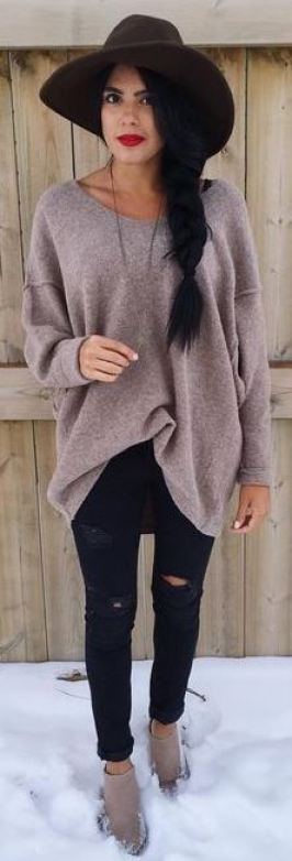 this cozy knit sweater is cute with these skinny jeans and fedora