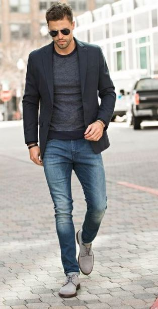 This blazer is perfect with these jeans and shoes.