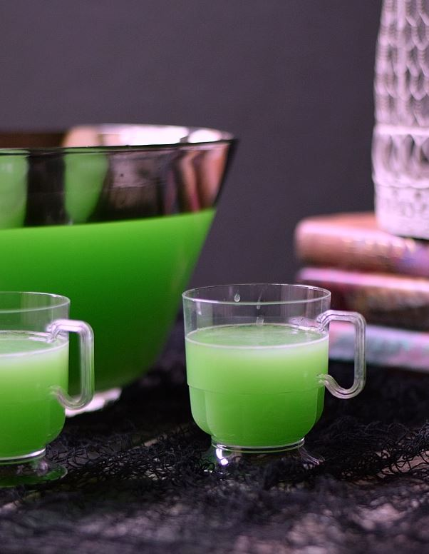 10 Deliciously Boozy Halloween Punch Recipes