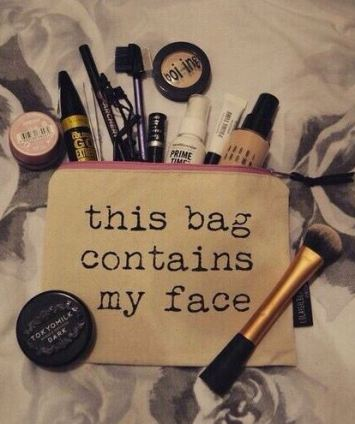 i love this makeup bag!