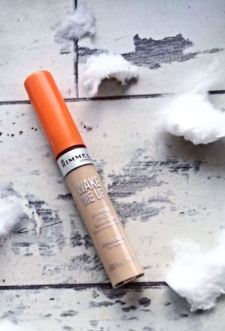 This concealer is perfect!