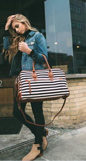 I love this weekender duffel bag!
