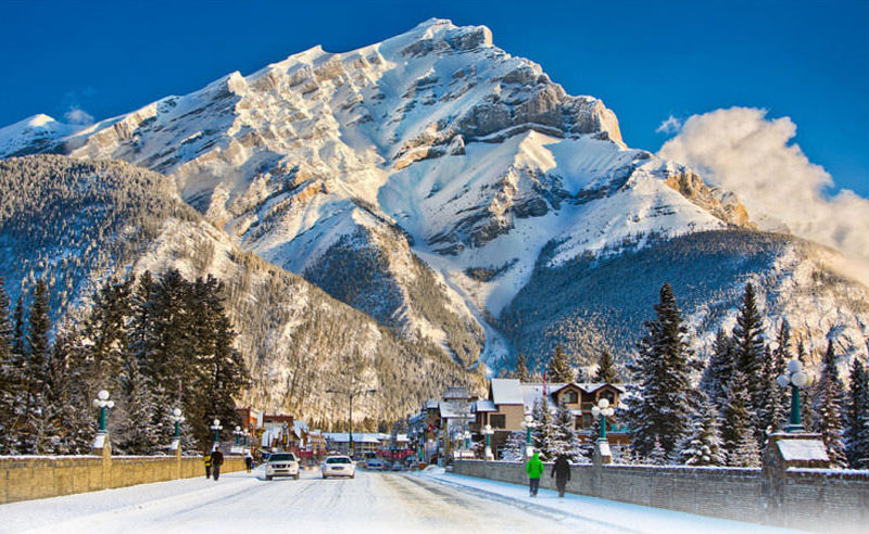 These are some of the best places to visit that will make you love snow. These are real life winter wonderlands, great for snowy adventures!
