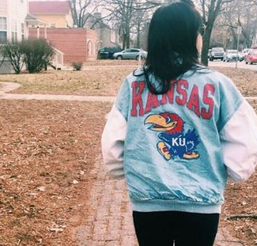 10 Adorable Gameday Outfits at University of Kansas