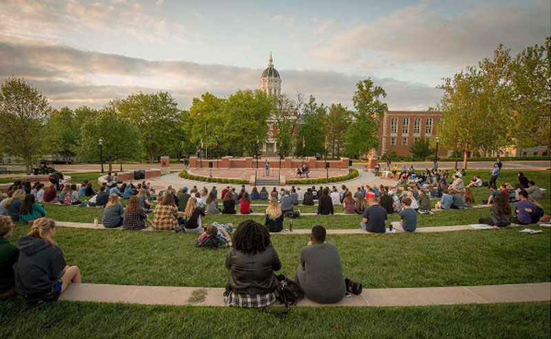 There are so many things no one tells you about freshman year at Mizzou. Fortunately, we've put together some of the best tips so you have a great year!