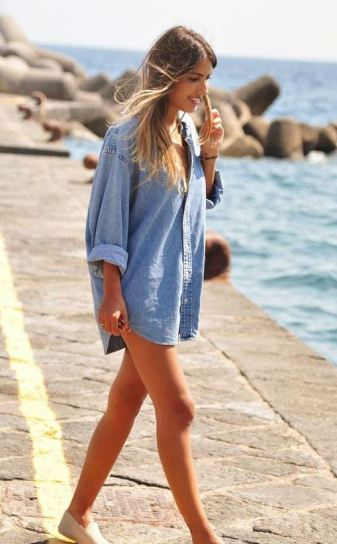 Oversized denim shirts make such great beach outfits!