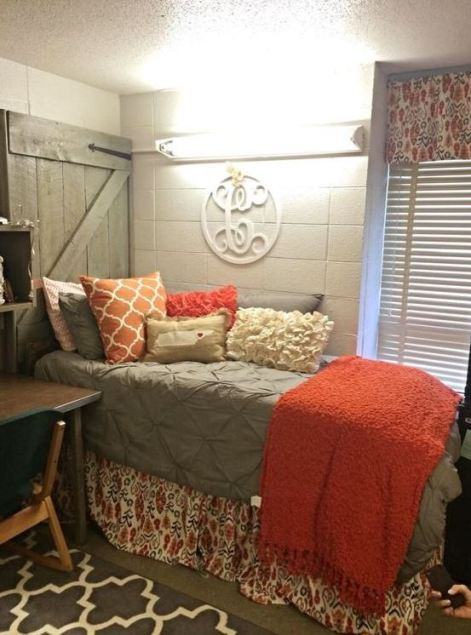 21 Dorm Bedding Ideas By Color Society19