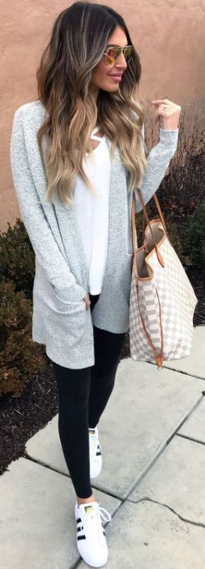 20 Cute Outfits With Black Leggings To Copy - Society19