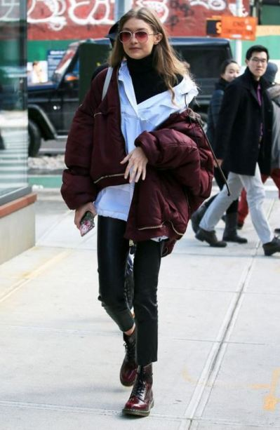 Oversized coats are a great accessory for edgy outfits!