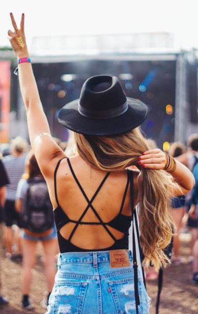 Bodysuits are perfect for festival outfits!