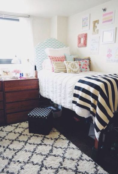 Stripes are perfect for preppy dorm rooms!