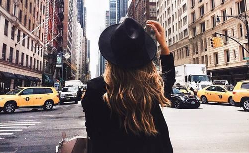 Great tips to find a rental in NYC. Finding an apartment in New York City can be hard, so use these tips when renting to help you find the right apartment!