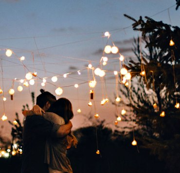 There are so many great date ideas near Arizona State University that won't break the bank. If you're looking for cheap and fun dates, we have you covered.