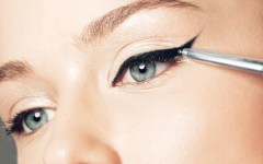 10 Beauty Bloggers Show You How To Get The Perfect Cat Eye