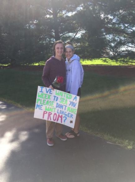 This promposal idea is so cute!