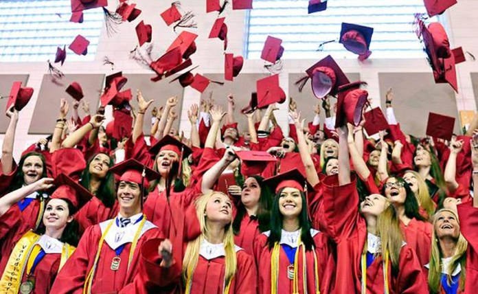 There are definitely a lot of things NOT to do at graduation. Read over this list before your big day to save yourself from some major embarrassment!