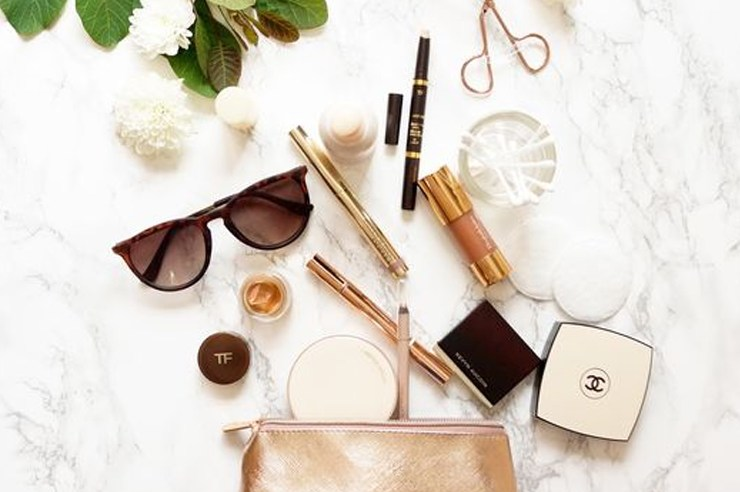 No matter where you're headed next, these are some of the best and most affordable makeup items every college freshman needs!