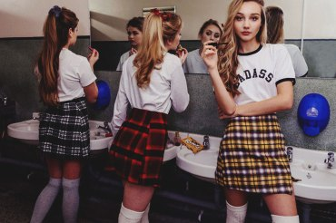 Pull out your kilt, scrunchies, and get comfortable, because here are 20 signs that you went to an all girls private high school.