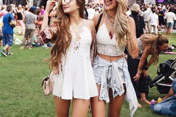Whether you're into country, rock, pop, EDM, or hip-hop; these are a few cute concert outfits that are perfect for every type of concert!