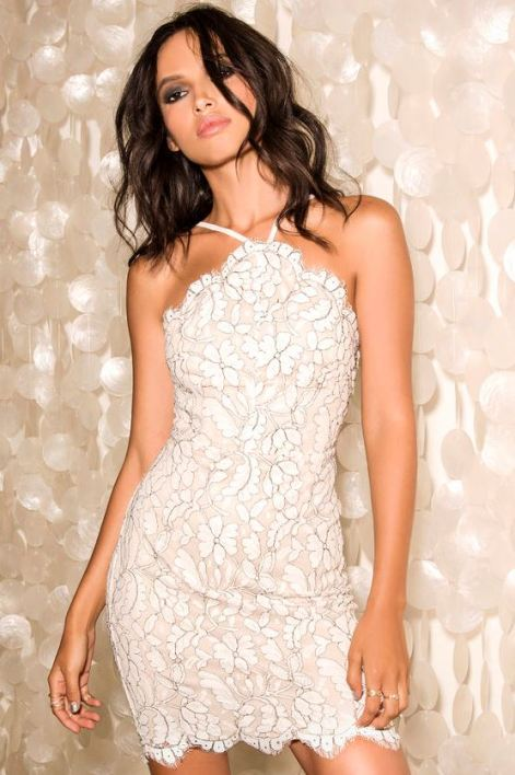 Lace bodycon dresses are perfect sexy club dresses!