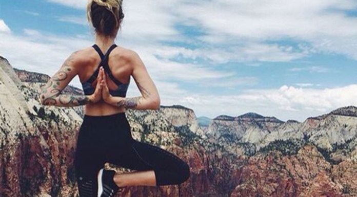 Practicing yoga in college is good because it is an excellent way to improve mental health (plus, you get to wear cute comfy clothes during your workout).