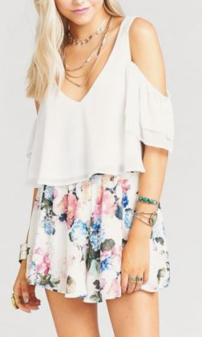 This is a cute outfit for sorority recruitment!