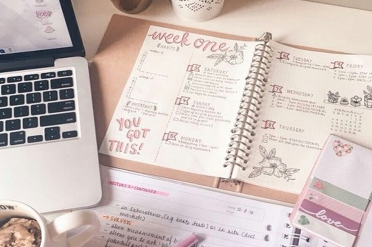 Staying organized in college, especially freshman year, is so important! Here are 10 tips for NAU freshman to stay organized and on top of their work!