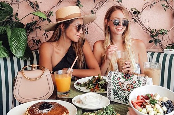 If you love eating and instagramming pictures of your food at cute restaurants, here are the trendiest places to eat in SoCal, from LA to San Diego!