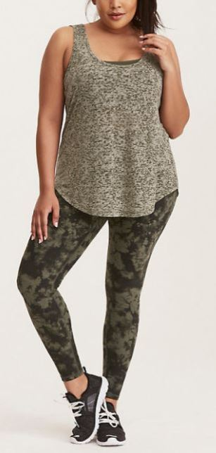 Plus size workout outfits are college essentials
