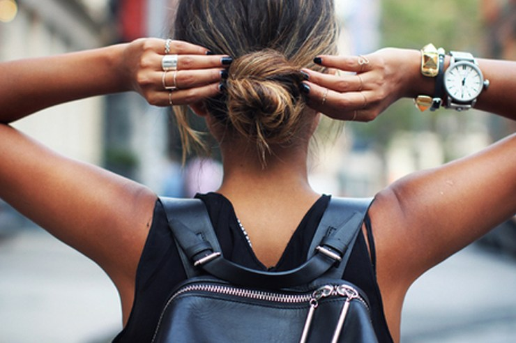A handbag is the perfect accessory to complete any of your outfits and is super cute to use for class. Here are 30 cute handbags for school under $30!
