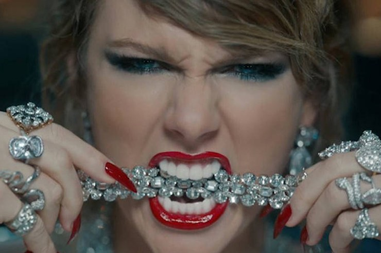 From losing herself to stooping down to the level of her frienemies, here are 4 things Taylor Swift has taught me NOT to do with her new music video.