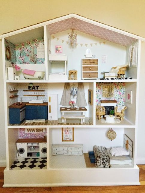 DIY Dollhouses!