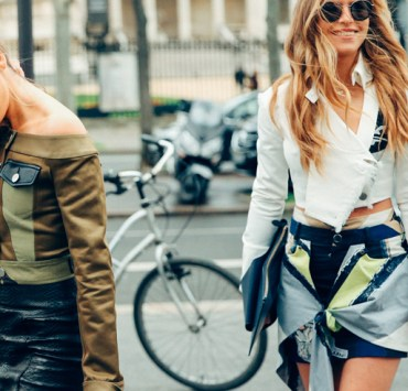 Cute fall outfits you need for your fall wardrobe! From leather jackets and sweaters to fall boots these fall fashion trends are the best outfit ideas!