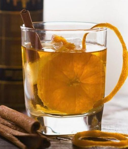 This orange cinnamon whiskey smash is the perfect fall cocktail!