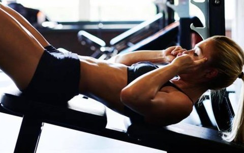 Here's how to approach a girl at the gym. These tips for talking to a girl in the gym will help you out big time.. Stay away from flirting at the gym.