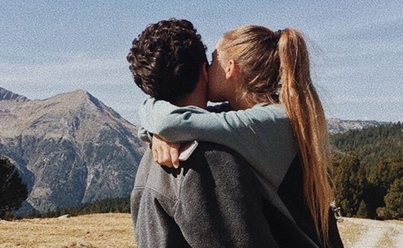 Here are 10 questions to ask a potential boyfriend. These are perfect questions to ask on a date. These are personal questions to ask if you're into the guy