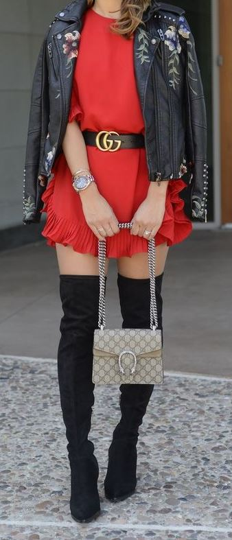 impressive red gucci belt outfit jeans